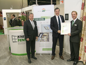 Zertifikatsübergabe im Rahmen der Fenstermesse frontale in Nürnberg